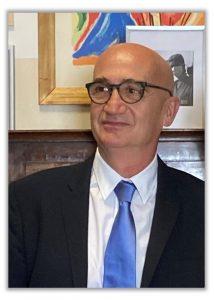 Prof Vaienti Direttore ortopedico a Parma esperto in protesi anca